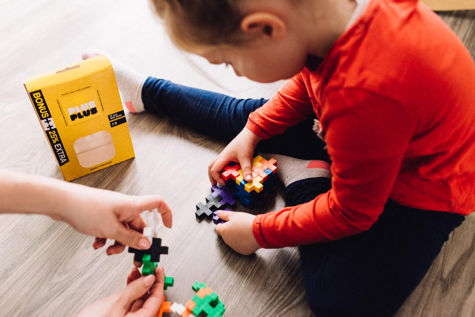 Recenzja klocków PLUS PLUS – ile warta jest zabawa z dzieckiem?