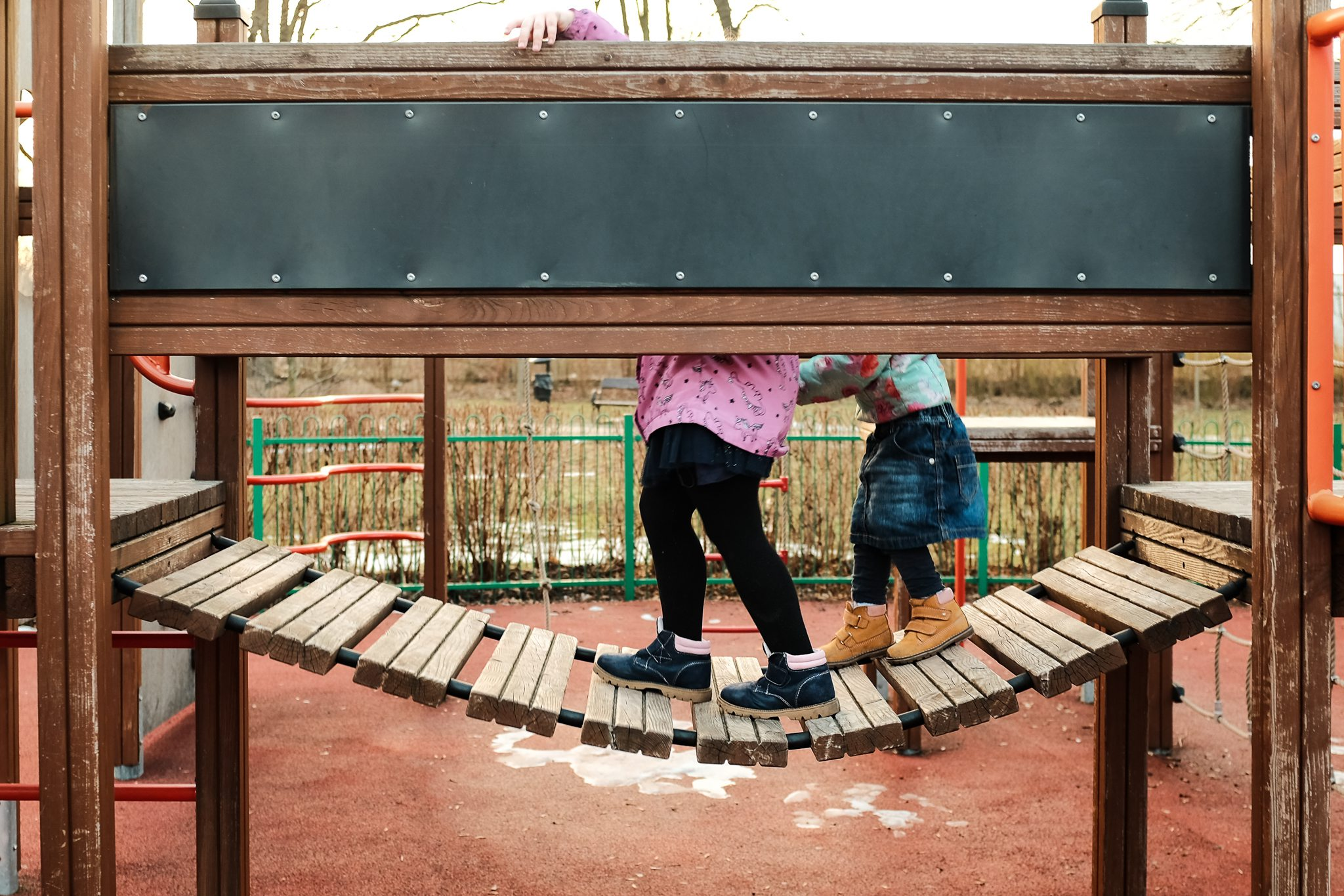 Pozwól dziecku doświadczać i poznawać świat.